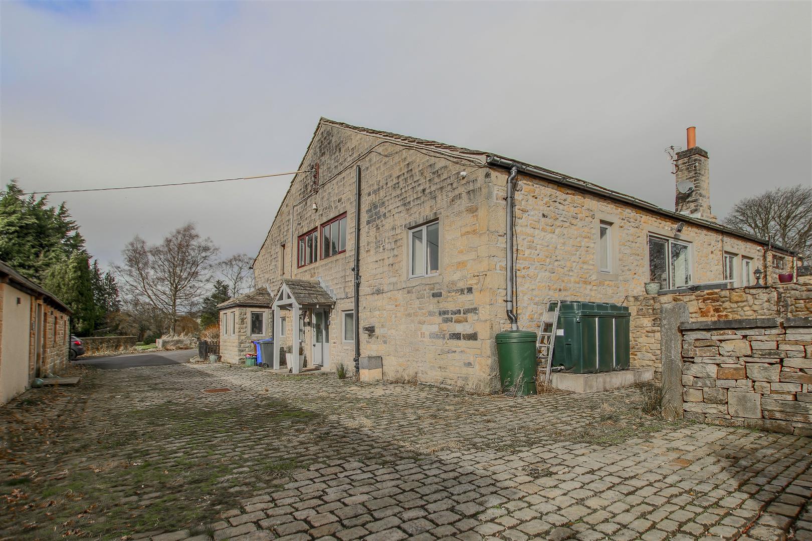 6 Bedroom Barn Conversion For Sale - 46.JPG